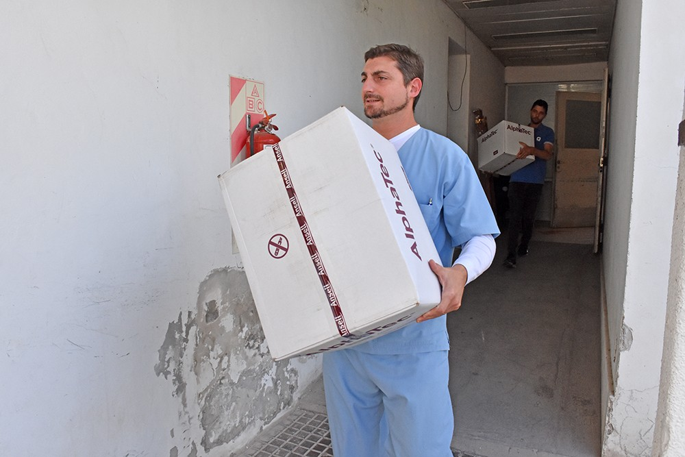 Ternium continua la entrega de donaciones a hospitales de la zona