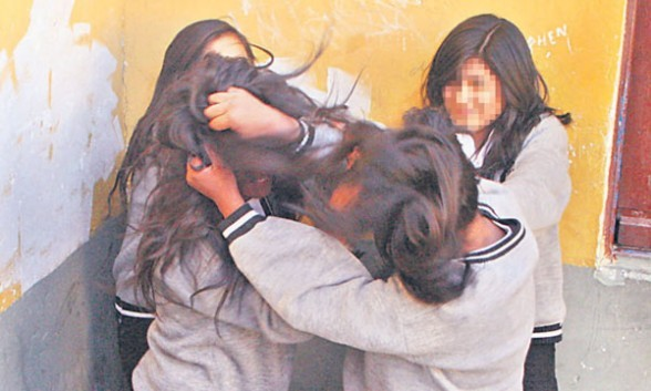 Agreden a una adolescente a la salida de la Escuela en Ramallo