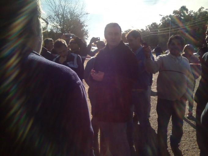 En horas de la tarde el Intendente Poletti habló con los vecinos