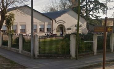 AHORA: Se inundó un salón en la Escuela 5