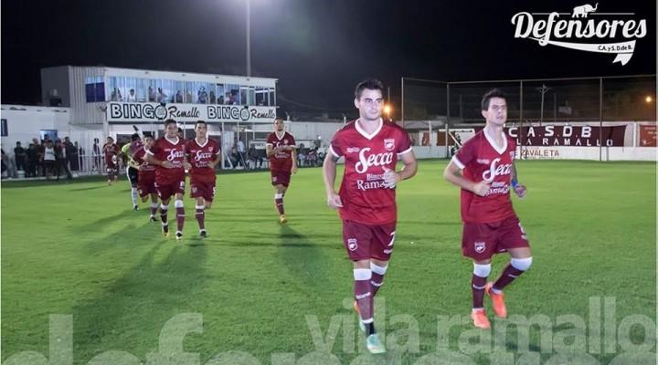 Defensores recibe a Alvarado buscando un lugar en las semifinales