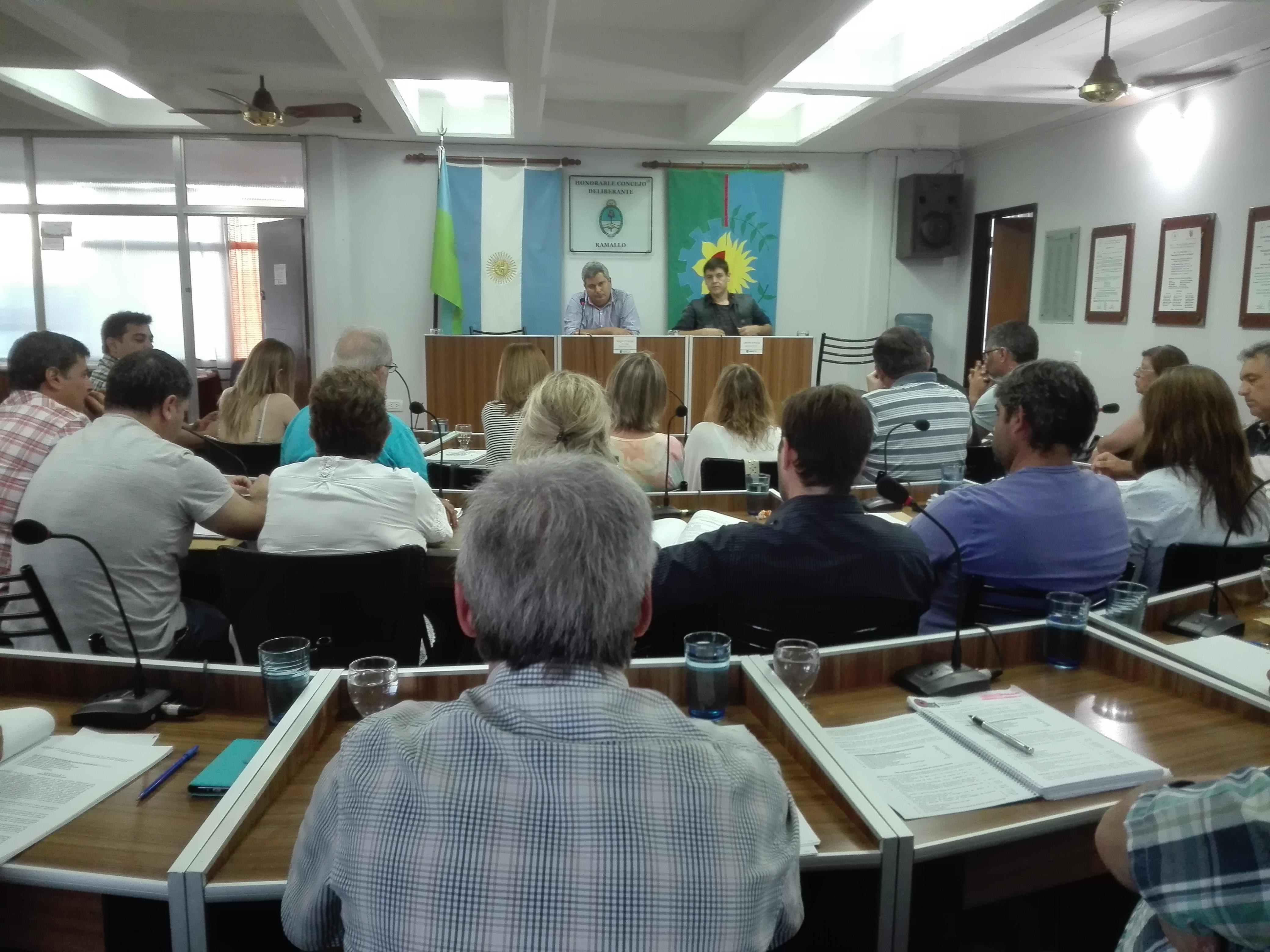 Piden informes sobre la Dirección de Juventud, Solicitan la colocación de un busto de Perón en la plaza Bustos y varios temas más forman parte de la agenda de los concejales