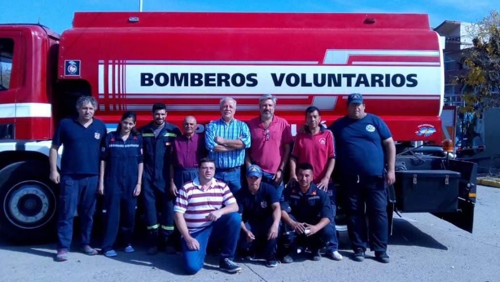 Bomberos Pérez Millán sumó un camión cisterna