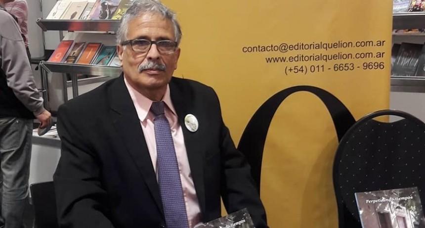 Jorge Nuñez presentó su libro