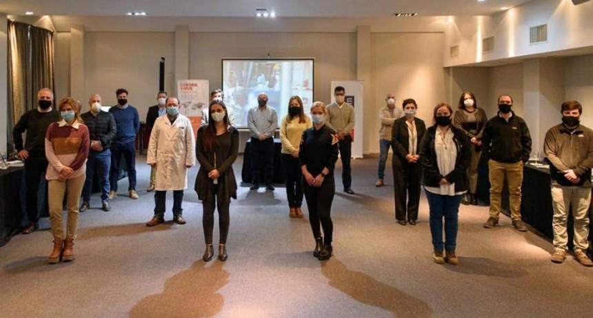 Intercambio de experiencias entre médicos de la región y médicos italianos