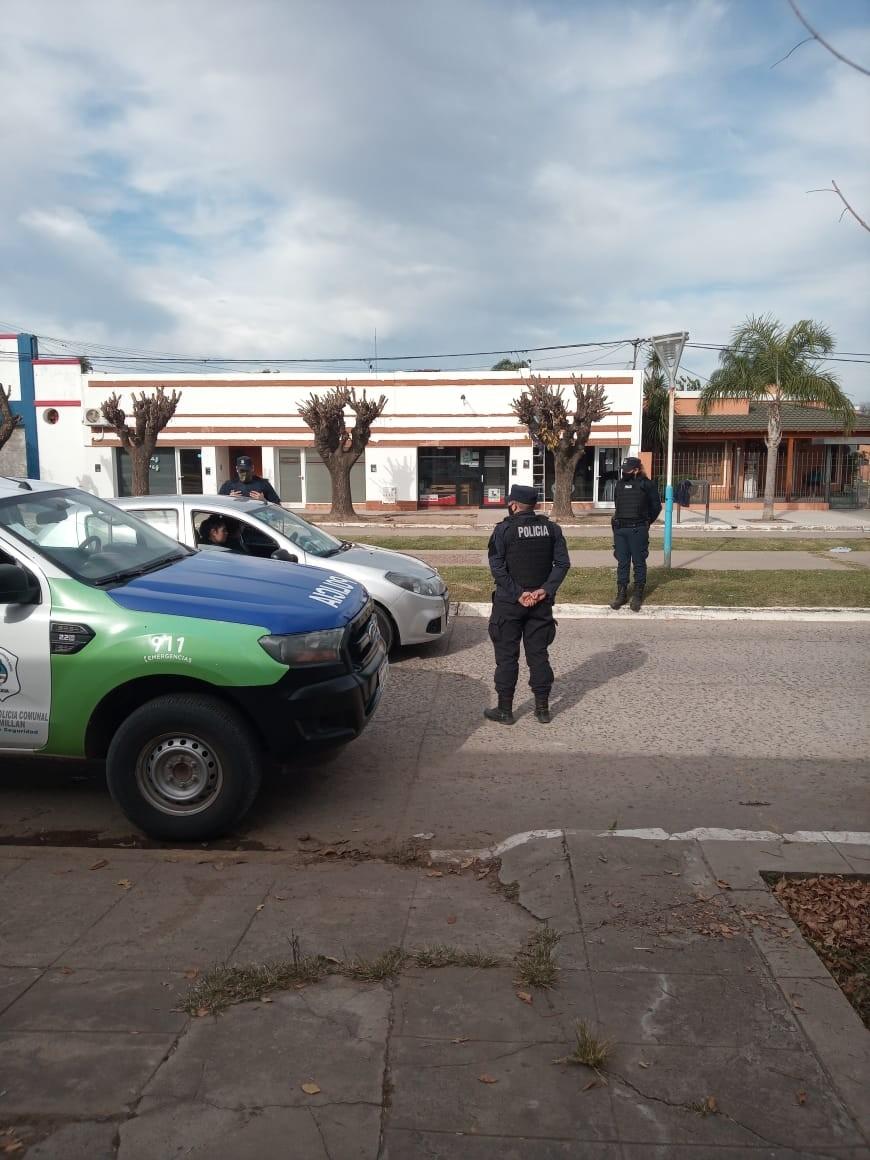 En Pérez Millán la policía y la GUR salieron a las calles para pedir conciencia social