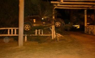 Espectacular accidente en el Paseo Viva el Río