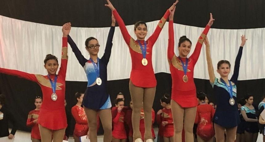 Buenos resultados de las patinadoras de Villa Gral. Savio en el Provincial de Patín