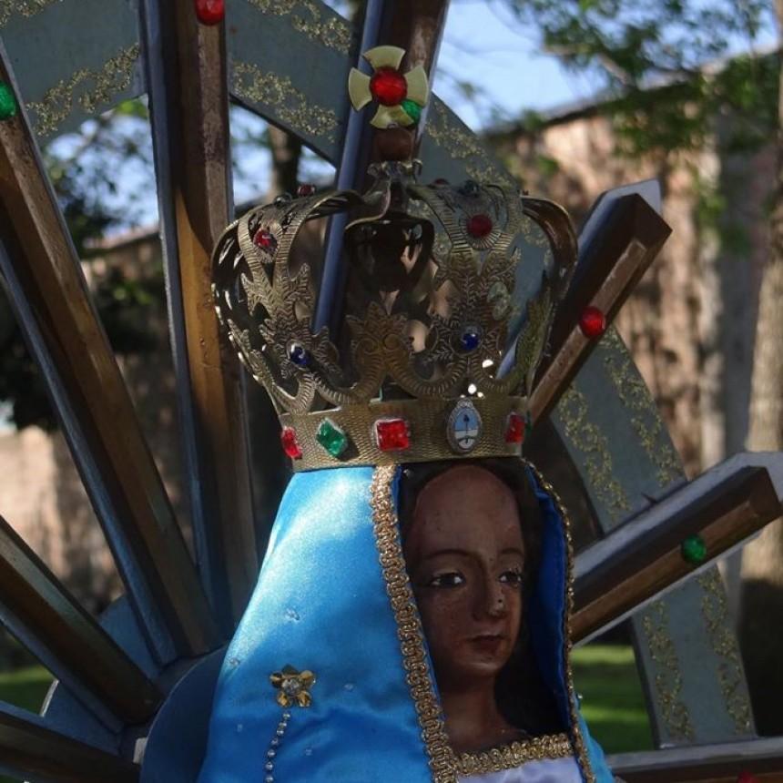 Robaron la corona de la virgen