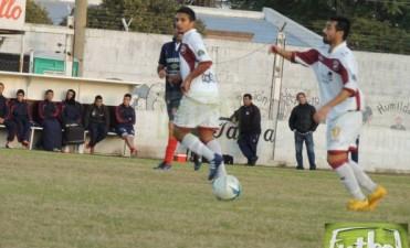 A puro fútbol y goles Defensores se metió en zona de clasificación
