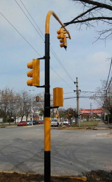 Nuevo semáforo en Ramallo