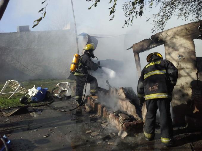 Villa Ramallo: Bomberos sofocó un incendió
