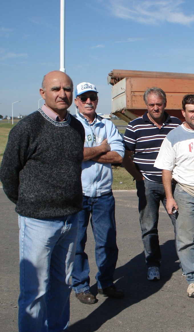 """Franzoni """"La situación de la red vial en Ramallo es un desastre"""""""
