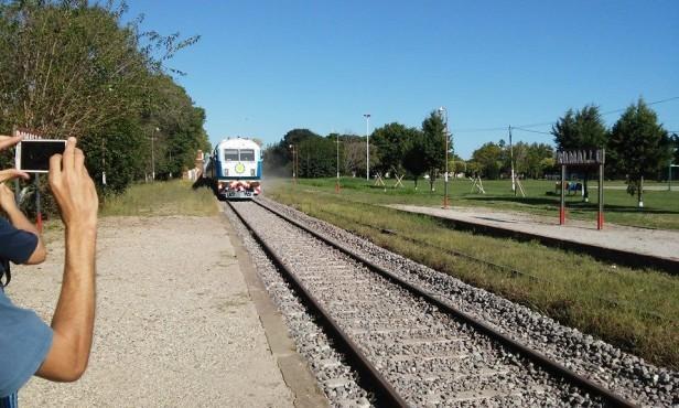 Desde que San Pedro y Ramallo se incorporaron al servicio, el uso del tren creció un 70 por ciento
