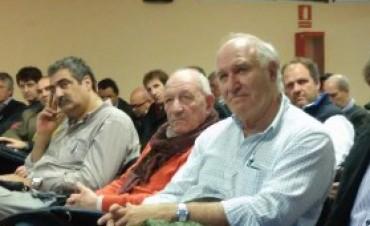 """Víctor Tonelli """"En los próximos años el sector ganadero va a generar un 75 por ciento más de empleos"""""""