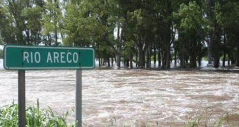 Ahora:Por el desborde del río Areco, cortaron la ruta 9