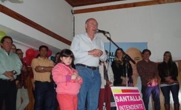 """Ariel Santalla: """"Nosotros cambiamos la historia de Ramallo, hoy se radican industrias, hay futuro"""""""