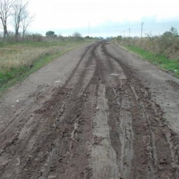 Piden por los caminos rurales