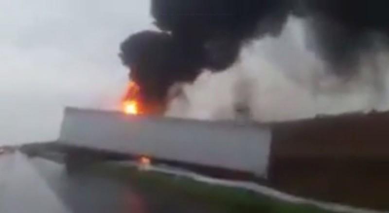 Se incendió un camión en el kilómetro 226