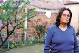 Flora Lacave: