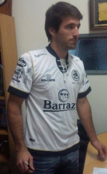 Franco Olego: Gol y robo