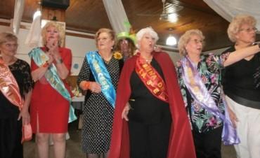 Elección de la Reina de la Tercera Edad del Pdo. de Ramallo :¡Felicitaciones Negrita!
