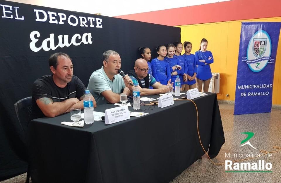 La Municipalidad de Ramallo presentó la indumentaria oficial de los Juegos Bonaerenses 2018