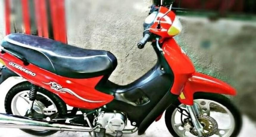 Detuvieron a un sujeto con objetos robados y sustrajeron una moto