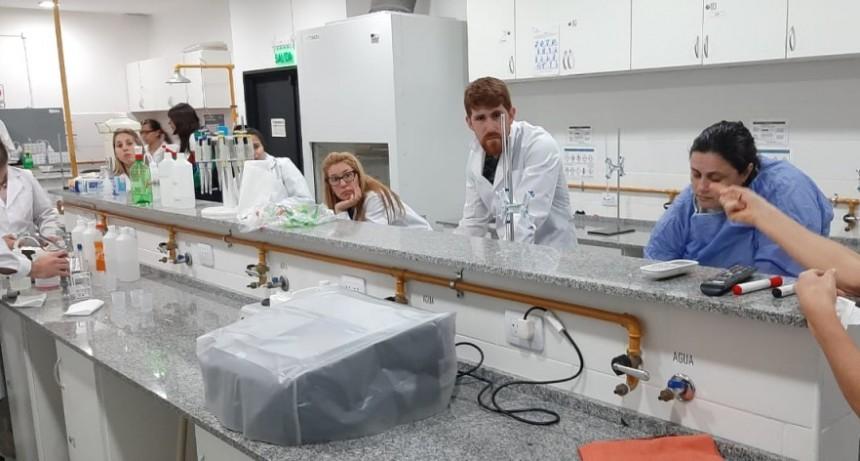 Jornada de trabajo en el laboratorio