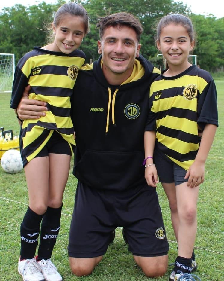 Entrevista a Juan Cruz Mendiburu, fundador de la Escuelita de Fútbol