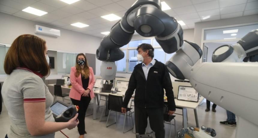 Ternium apuesta a la innovación tecnológica en las Escuelas Técnicas