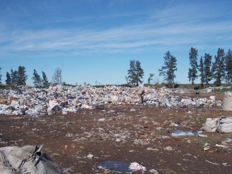 Encuentran más residuos patológicos