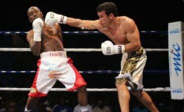 Reconocimiento al boxeador Pucheta