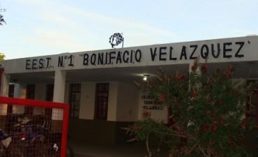 Letreros corpóreos para dos escuelas de FETEC
