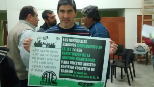 """Adrian Lescano  """"Trabajamos en la construcción del convenio colectivo para los trabajadores municipales"""""""