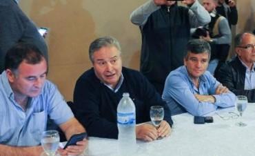 El Intendente Poletti participó de la cumbre de Lobos