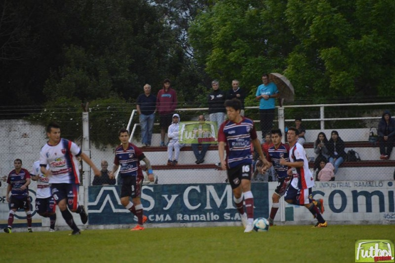Con una genialidad de De Souza Defensores logró el empate que merecía
