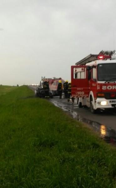 Choque e incendio en Ruta 9