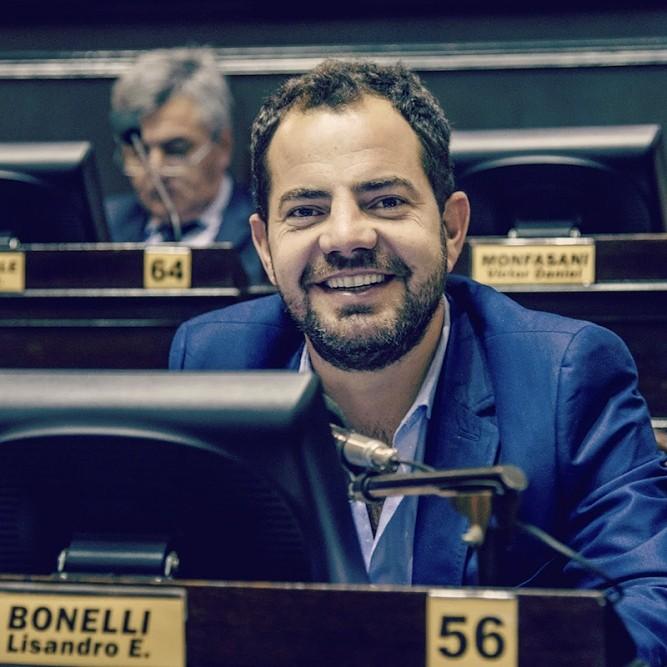 Bonelli 'Somos una oposición con propuestas y demostramos que podemos lograr los consensos necesarios para cuidar el trabajo'