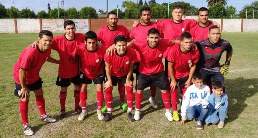 Social derrotó a Paraná, Defensores empato con Somisa y Matienzo con Regatas