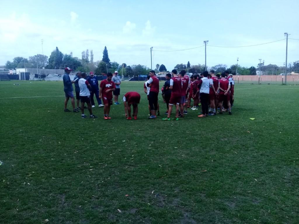 Con el regreso de Héctor Storti Defensores visita a Boca Unidos