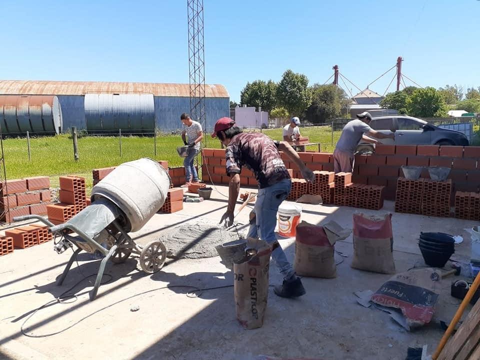Pérez Millán: Continúan la inversiones en infraestructura en el cuartel de Bomberos