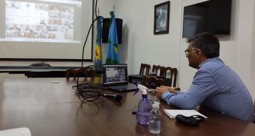 El Intendente participó de una reunión vía Google Meet con el Gobernador Axel Kicillof para analizar la situación sanitaria bonaerense