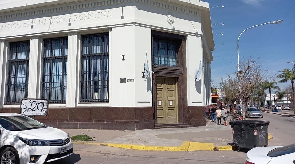 Los empleados del Banco Nación cobrarán un bono de $66.000 por el cumpleaños de la entidad