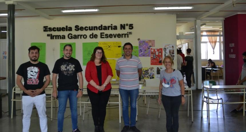 Exposición de proyectos e ideas de los candidatos a concejales