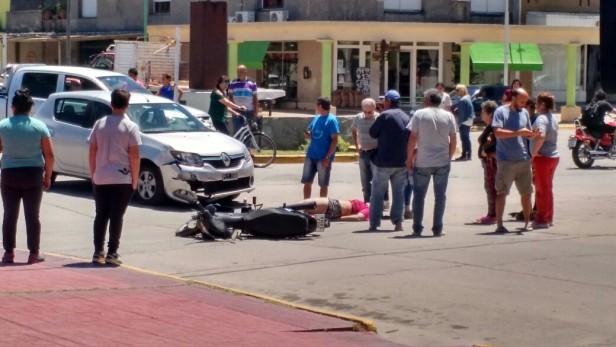 Accidente en pleno centro de Ramallo