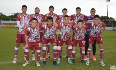 Defensores goleó a Regatas y jugará la final del Clausura con Social
