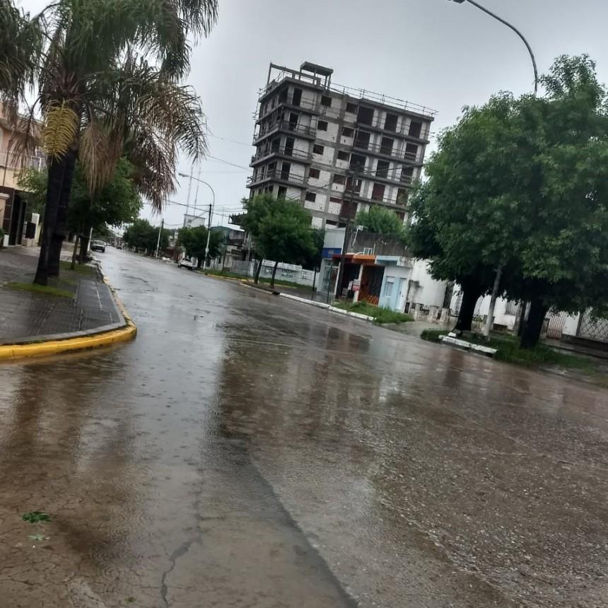 Más de 70 milímetros cayeron en las últimas horas y se esperan más lluvias