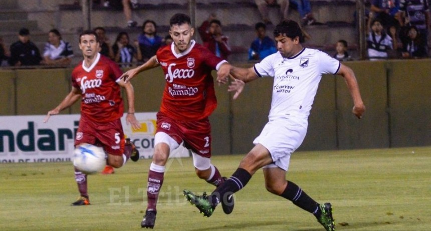 Defensores igualó 1 a 1 con Central Norte en Salta