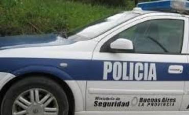 Entrega de diplomas a 13 nuevos policias